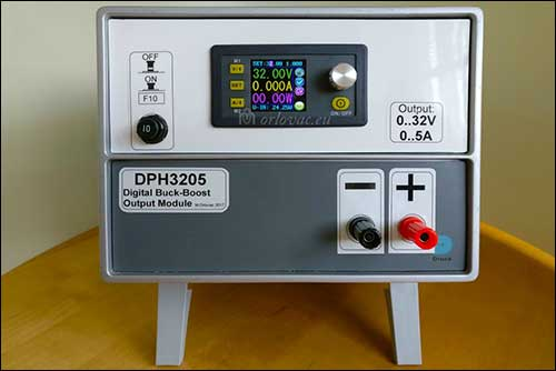 Power Supply with DPH3205